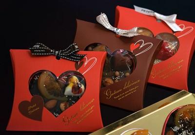 今年のバレンタインギフトの包装サンプル