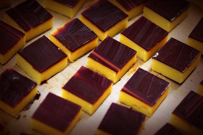 調理中のチョコレート素材