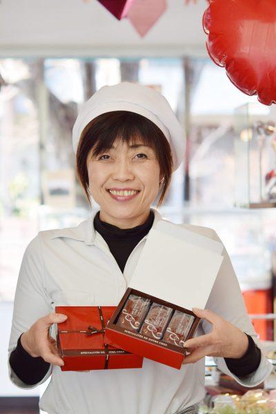 ヴァンドゥーズ(洋菓子販売員) ふじこさん