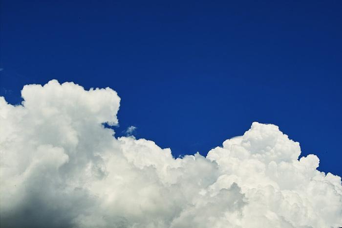 夏の青空と積乱雲